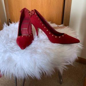 Red suede Elle heels
